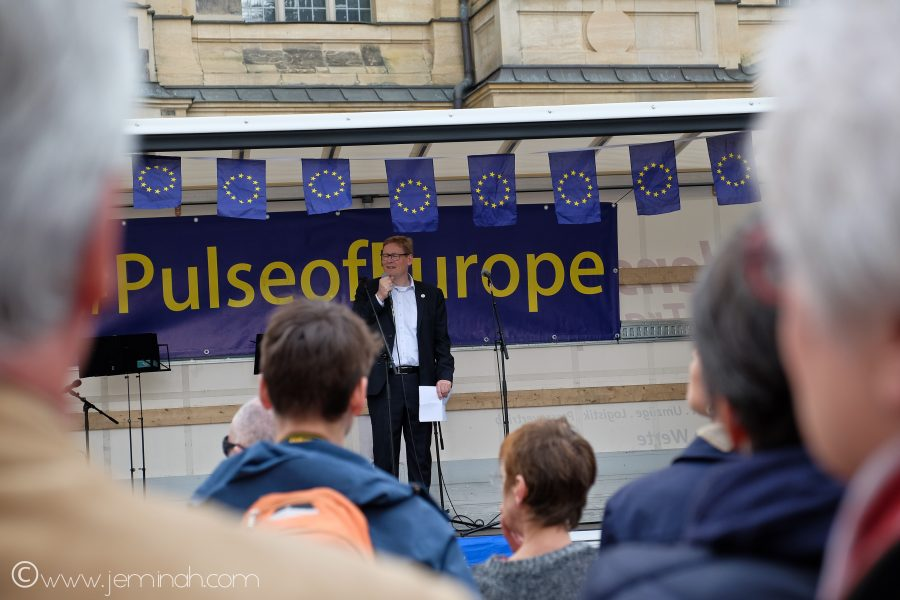 Street Photography: #PulseofEurope